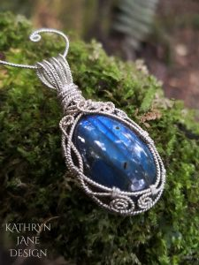 Labradorite Tendrils pendant